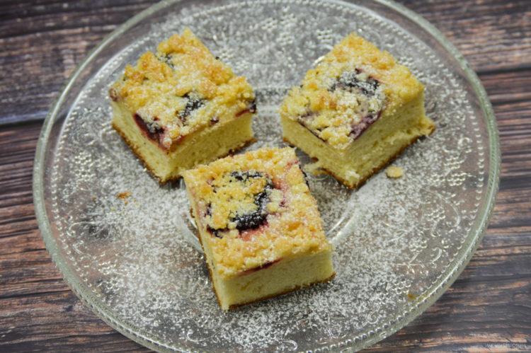Variabilní koláč se švestkami