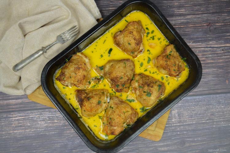 Kuře pečené v mléce s česnekem